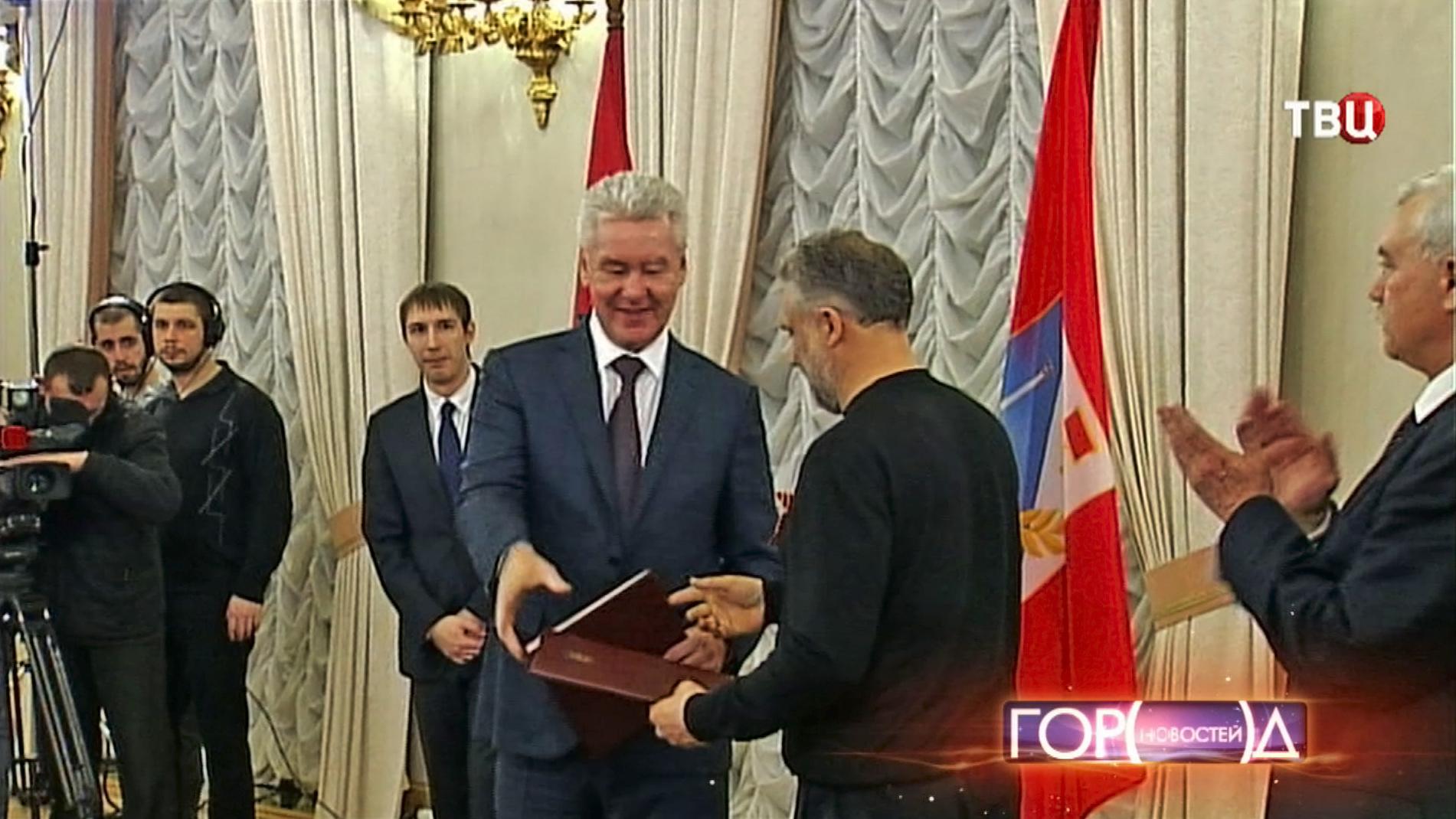 Мэр Москвы Сергей Собяни и мэр Севастополя Алексей Чалый подписали новое соглашение о сотрудничестве