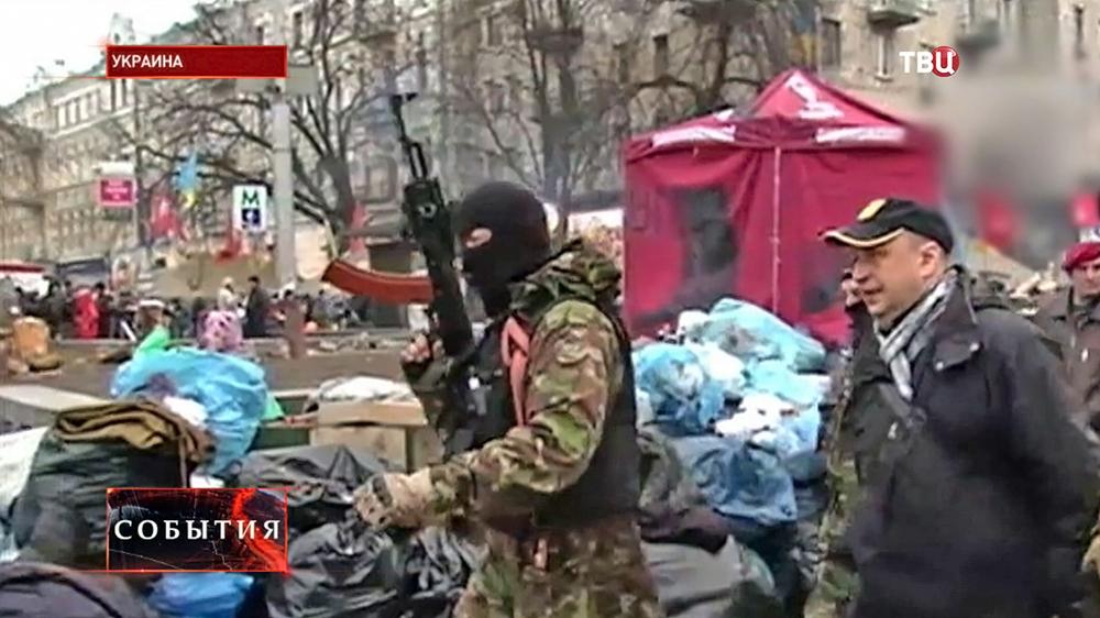 """Вооружённые радикалы """"Правого сектора"""""""