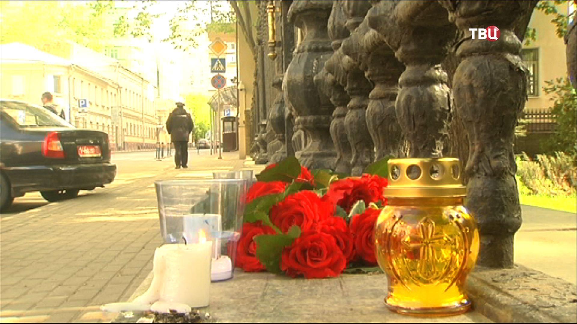 Траур по погибшим на юго-востоке Украины