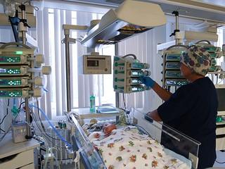 В московской больнице восстанавливают кисти рук по уникальной технологии :: Новости :: ТВ Центр