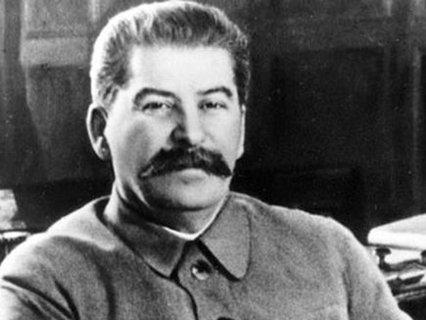 Почему Сталин не вызволил из немецкого плена своего родного сына в годы войны?