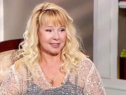 """Елена Кондулайнен: """"Я с четырёх лет пародировала всех певиц"""""""