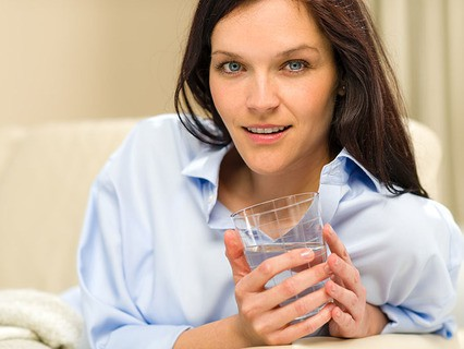 """Сколько минеральной воды """"Ессентуки №17"""" можно ежедневно пить взрослому здоровому человеку?"""