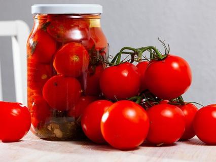 Маринованные помидоры полезнее свежих?